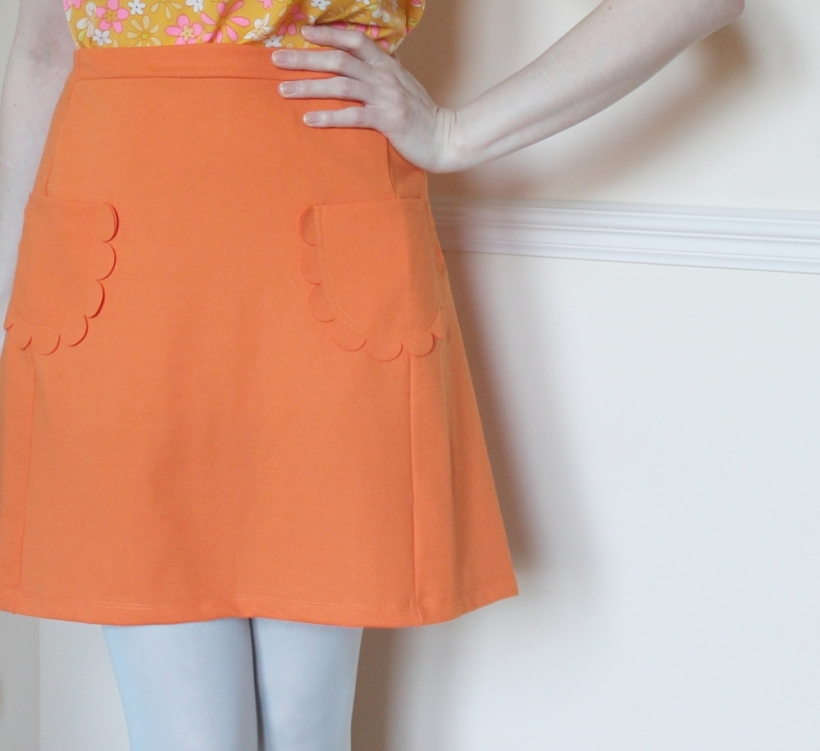 scallop pocket skirt