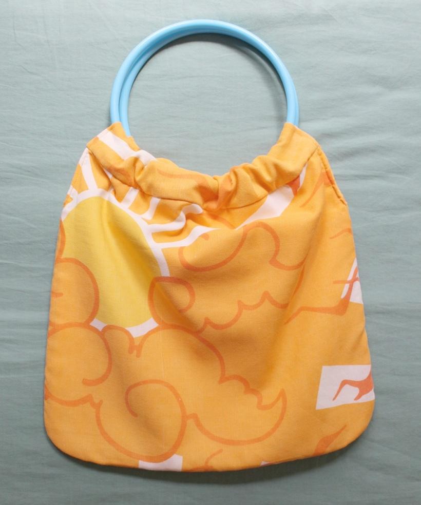 circular handle bag 4