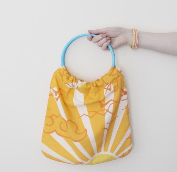Danish Vintage Fabric Circular Handles Bag by Chiaki Creates chiakicreates.com