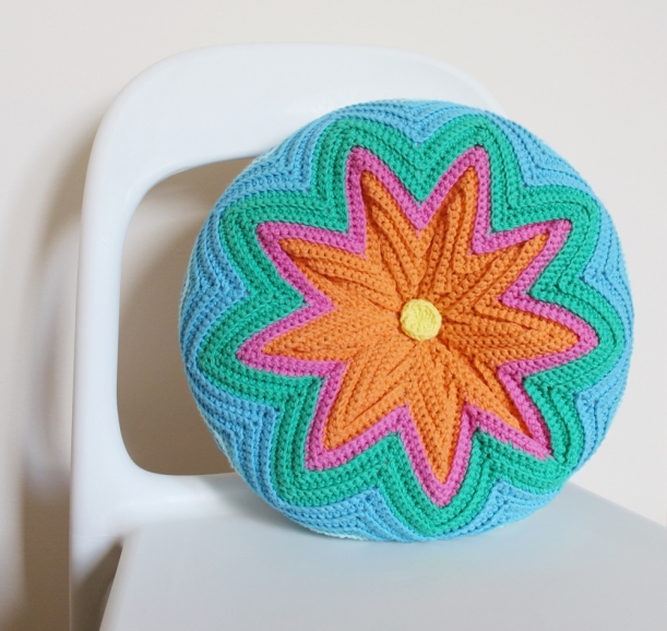 Razzamatazz Crochet Cushion by Chiaki Creates chiakicreates.etsy.com