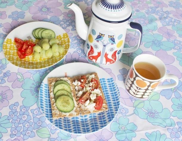 Chiaki Creates - My Morning Routine And Gorgeous Retro Tableware chiakicreates.com