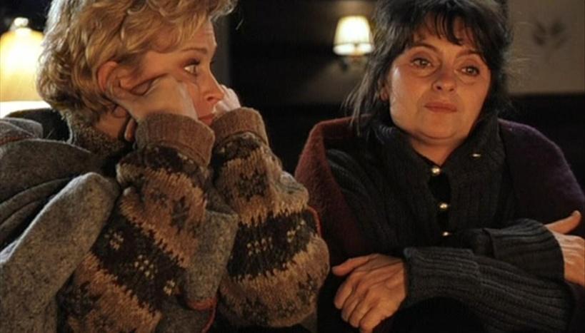 5 Of My Favourite Christmas Films | Chiaki Creates chiakicreates.com